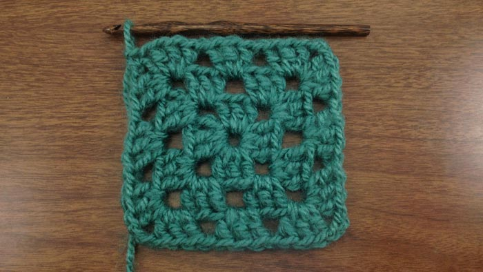 Crochet Granny Stitch : Traditional Granny Square :: Crochet Stitch :: New Stitch A Day